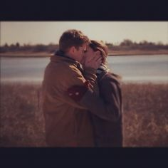 Great couples on Tv Shows : Joey & Pacey . Dawson's Creek