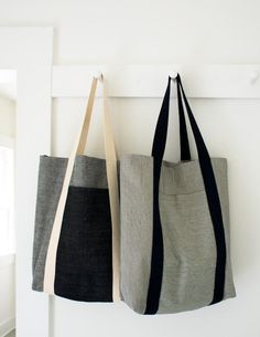 Turn dirt-hiding denim stripes and neutrals into strong, useful bags for shopping and beyond with this railroad tote tutorial!