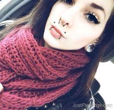 Dimple Piercing, Mouth Piercings, Navel Piercing, Piercing Tattoo, Septum Piercings, Goth Women, Body Mods, Body Art, Angel Bites