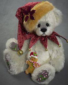 Sammy - about 13 inches - German Alpaca. #artistbear #artistbears #teddybear #christmas #vickylougher Christmas Holidays, Christmas Crafts, Christmas Decorations, Sammy, Christmas Teddy Bear, Alpaca, Plush, Teddybear, Stuffed Animals