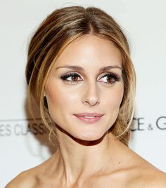 Olivia Palermo's shimmery lids and fluttery lashes