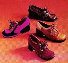 1970s | Seventeen magazine, September 1972. . 60s And 70s Fashion, Retro Fashion, Vintage Fashion, 70s Shoes, Me Too Shoes, Women's Shoes, Patti Hansen, Lauren Hutton, Style 70s