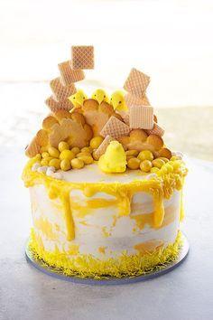 Lemon All the Things Cake