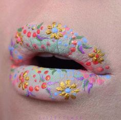 Flower Lips   Mesmerizing Instagram Lip Arts You Should Try