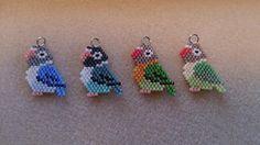 画像 ボタンインコの記事より Peyote Beading Patterns, Beaded Jewelry Patterns, Loom Beading, Bead Patterns, Seed Bead Crafts, Seed Bead Jewelry, Jewelry Making Beads, Diy Accessoires, Diy Fashion Accessories
