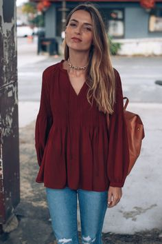 Jess Kirby wears fall color trend potters clay in a boho blouse and choker  necklace