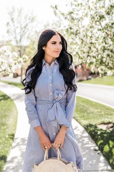 - Pink Peonies by Rach Parcell Modest Dresses, Modest Outfits, Cool Outfits, Casual Outfits, Diva Fashion, I Love Fashion, Womens Fashion, Blue Shirt Dress, Dress With Bow