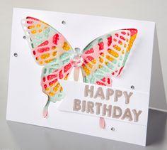 p.51 Petit Bouton Love you Sew papillon framelits