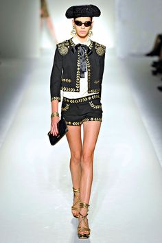 5d4210f5be4 Love these Moschino shorts.