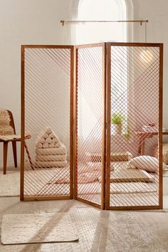 Wood Room Deviders // Natural Home Decor – Modern mid-century - Raumteiler Room Divider Shelves, Wood Room Divider, Living Room Divider, Room Divider Screen, Room Screen, Divider Cabinet, Room Divider Ideas Bedroom, Room Divider Headboard, Small Room Divider
