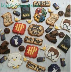 "Madri Mahtani on Instagram: ""More Harry Potter #madriscookiekitchen #decoratedcookies #isolemnlyswearthatiamuptonogood #harrypotter #maraudersmap"""