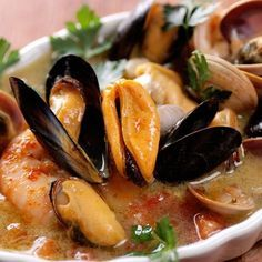 Fish Stew, an Authentic Italian Recipe from our kitchen to yours. In a large bowl, add fresh water and 2 tablespoons of salt. Seafood Stew, Seafood Pasta, Seafood Dishes, Seafood Recipes, Soup Recipes, Cooking Recipes, Healthy Recipes, Fish Pasta, Shellfish Recipes