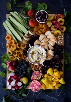 Forget Grazing Tables: Grazing Platters Are Now a Thing! – Stay at Home Mum Forget Grazing Tables: Grazing Platters Are Now a Thing! – Stay at Home Mum Antipasto, Crudite, Food Platters, Cheese Platters, Party Platters, Dubai Food, Grazing Tables, Food Presentation, Food Photography