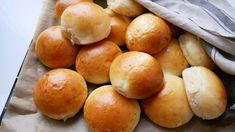Introduktion til Tangzhong metoden - bag dit livs bedste brød! Pastry Recipes, Bread Recipes, Snack Recipes, Cooking Recipes, Snacks, Cake Decorating Tips, Bread Baking, Baked Goods, Brunch