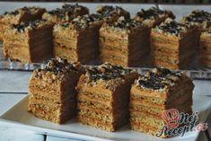 Narozeninový medovník s karamelovým Salkem | NejRecept.cz Krispie Treats, Rice Krispies, Sweet Recipes, Food And Drink, Sweets, Desserts, Gardening, Hampers, Bakken