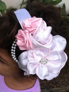 Inspired by girls for use in hairstyles for fhotographis Inspirado en la belleza de las flores como adornó son especiales para cualquier ocasión y