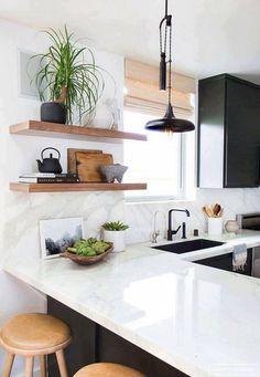 decor home Black cabinets, white bench, white marble backsplash, black tap. Super doable decor home Kitchen Interior, New Kitchen, Kitchen Dining, Apartment Kitchen, Design Kitchen, Kitchen Modern, Rustic Kitchen, Modern Kitchens, Boho Kitchen