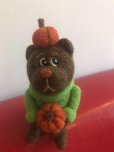 Halloween Gifts, Felt Animals, Needle Felting, Pumpkins, Birthday Gifts, Teddy Bear, Lovers, Toys, Birthday Presents