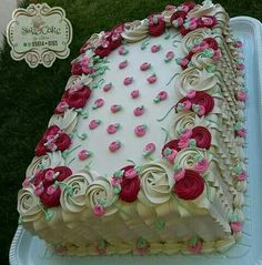 Cake Icing, Buttercream Cake, Eat Cake, Cupcake Cakes, Frosting, Cake Decorating Designs, Cake Decorating Videos, Cake Decorating Techniques, Sheet Cakes Decorated