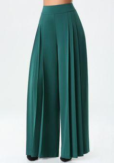 Fashion pants - 21 Wide Leg Pants To Add To Your Wardrobe Fashion Pants, Hijab Fashion, Fashion Outfits, Work Fashion, Pallazo Pants, Pants For Women, Clothes For Women, Trousers Women, Mode Hijab