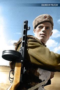 (736×1109)Боец РККА под Сталинградом.