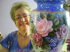 Painted Porcelain, Fine Porcelain, Painted Roses, Hand Painted, Waste Container, Clocks, Beautiful Things, Cool Art, Tea Cups