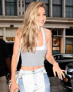 Blonde Hair Color Cream Soda Celebrity Trend Gigi Hadid