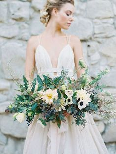 I'm in flower heaven right now because every one of these bouquets is BEAUTIFUL. Seriously. Like, shut the front door beautiful. Each is that perfect balance of rustic and elegant and –…