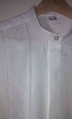 Guayabera Shirt, Embroidered Clothes, Heirloom Sewing, Embroidery Designs, Shirt Dress, Lady, Womens Fashion, Mens Tops, Shirts