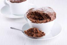 Bolo de caneca sem farinha pode ser a delicia fit que você precisa pro café, conheça e aprenda que facil fazer