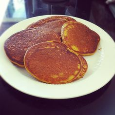 High Protein, Low Cal Recipe -- Pumpkin Protein Pancakes, 205 calories/22.5g protein