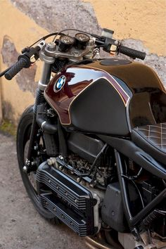 101+ Best BMW Vintage Touring and Adventure Motorcycle example http://pistoncars.com/101-best-bmw-vintage-touring-adventure-motorcycle-4814