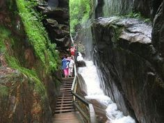 Beautiful Places to Visit in New England - Vacation & Travel Franconia Notch in Franconia Notch State Park is one of the best spots to see Fall Foliage in New England.  NEW HAMPSHIRE