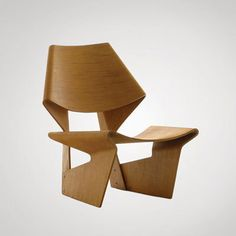 Unveiled in 1963 by Danish furniture designer Grete Jalk, this lounge chair is a permanent piece in the New York MoMA's collection.