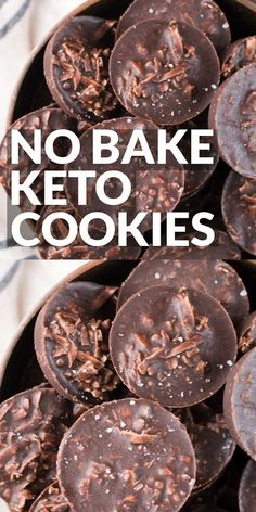 These fudgy Keto No Bake Cookies will remind you of classic no bake chocolate cookies without all the carbs! At just one net carb per cookie these sweet treats won't break your keto diet! recipes No Bake Keto Cookies Keto Cookies, No Bake Cookies, Mint Cookies, Biscuits Keto, Cookies Et Biscuits, Biscuits Fondants, Keto Fat, Low Carb Keto, Ketogenic Recipes