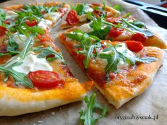 Pizza z rukolą, pomidorkami, mozzarellą i mascarpone - Oryginalny smak Mozzarella, Vegan Ramen, Ramen Noodles, Prosciutto, Vegetable Pizza, Vegetables, Cooking, Food, Mascarpone