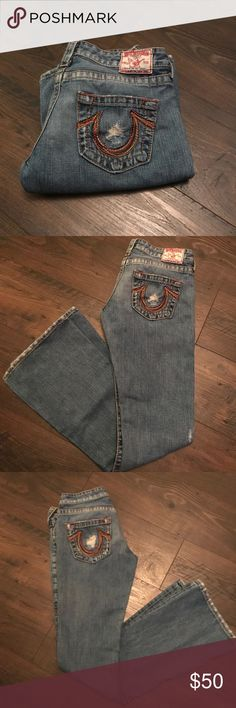 True Religion Bobby Big T Rainbow Pocket Jeans True Religion Bobby Big T Rainbow Pocket Jeans size 28 inseam 33. Original distressed boot cut/flare jeans medium wash. Rare rainbow stitching on the pockets. In great shape. True Religion Jeans Flare & Wide Leg