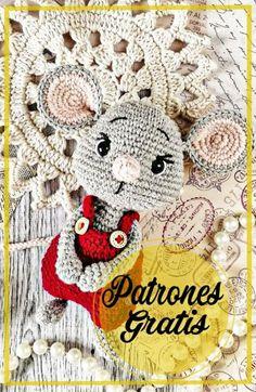 Crochet Toys Patterns, Stuffed Toys Patterns, Crochet Dolls, Crochet Hats, Amigurumi For Beginners, Knitted Animals, Yellow Pattern, Hello Kitty, Crochet Earrings