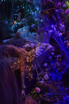 Harrods #Disney #Christmas Windows - #Aurora by Elie Saab