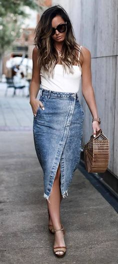 beautyful outfit idea : white top bag midi denim skirt sandals