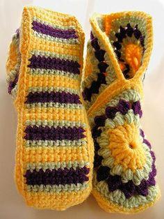 49 ideas crochet patrones ganchillo pantuflas for 2019 Crochet Boots, Love Crochet, Crochet Clothes, Knit Crochet, Crochet Crafts, Crochet Projects, Crochet Designs, Crochet Patterns, Crochet Slipper Pattern