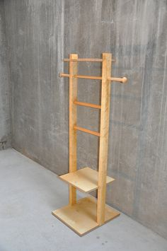 Details about Vintage Wooden gentleman\'s suit clothes Valet stand ...