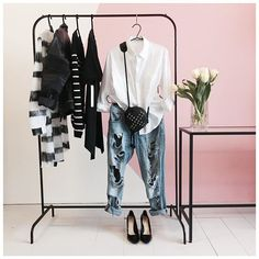 Monday's don't have to be so gloomy. Inspire yourself and others with your wardrobe. Monday Outfit, Ripped Jeans, Wardrobe Rack, Showroom, Tulips, Outfit Of The Day, Button Up Shirts, Ootd, Stripes