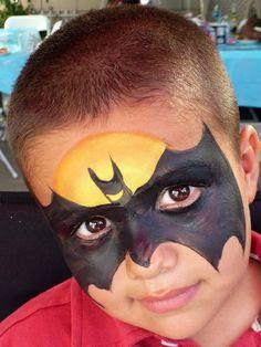 Batman face paint for party Batman Party, Batman Birthday, Superhero Party, Face Painting For Boys, Face Painting Designs, Body Painting, Batman Face Paint, Halloween Make Up, Halloween Face