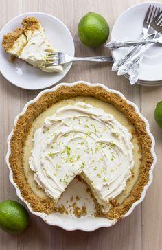 Key Lime Pie - http://pinterest.com/lalvarezf/cakes-cupcakes/