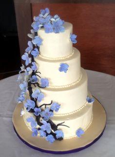 Hydrangea Wedding Cake by Sweet For Sirten
