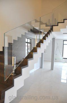 Glass Railing Стеклянное ограждение лестницы
