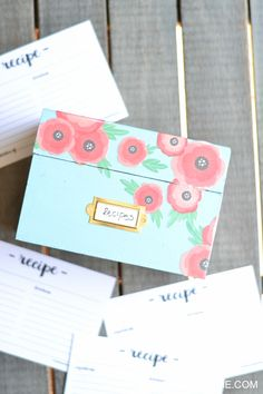 Anthropologie Inspired Recipe Box! Such a great gift idea, too!
