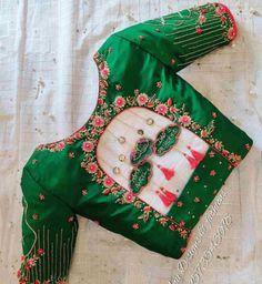 Cutwork Blouse Designs, Wedding Saree Blouse Designs, Simple Blouse Designs, Stylish Blouse Design, Blouse Neck Designs, Saree Wedding, Seda Sari, Sari Bluse, Designer Blouse Patterns