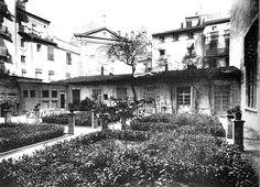 Fotografía de Barberá Masip, de los años 20, del Patio de los Naranjos de La Lonja
